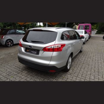 Ford Focus Turnier (silber)