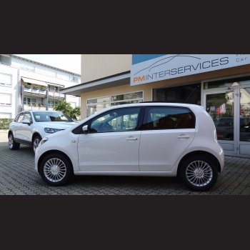 VW Up! Panoramadach (weiss)